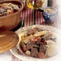 Baeckaoffe à la viande d'oie et au Riesling (oie, porc et bœuf)